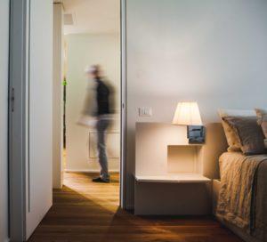 Il mio obiettivo è una ricerca progettuale dove gli interni sono il centro, la vera realtà di un edificio, progettati per l'adeguato svolgersi della vita dell'uomo
